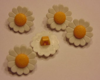 5 daisy buttons, 15 mm (B3)