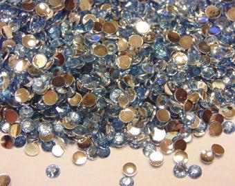 100 light blue flat back rhinestone beads, 3 mm (S1)