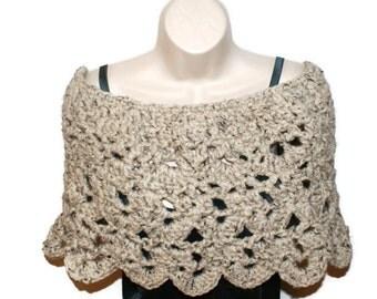 Crochet Poncho, Crochet Capelet, Wedding Shawl, Womens Shawl, Crochet Shawl, Shoulder Shawl, Chunky Barn Wedding, Woman Poncho