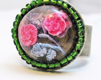 Lucite Rose Ring and Green Seed Beeds Adjustable