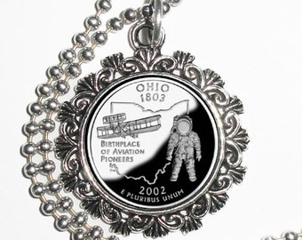 Ohio Art Pendant, USA Quarter Dollar Image, Round Photo Silver and Resin Charm Necklace