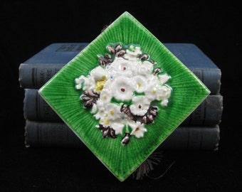 Match Box Holder - Green Bas Relief Art Tile -Creazioni Luciano of Salerno Italy-