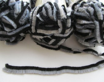 SALE 3 skeins Fuzzy Wuzzy Chenilles Oruga Loops and Threads Wool Fur Yarn  Acrylic Grey Black Taupe Super Bulky