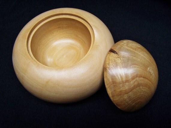 Natural Ash Wood Box  - Lidded box - Chestnut wood top