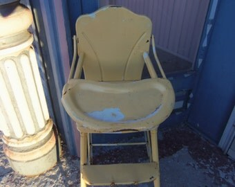 Vintage Shabby Metal Doll High Chair Yellow Rustic Primitive B633