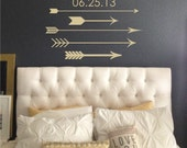 Trendy Arrows Family Name with Date