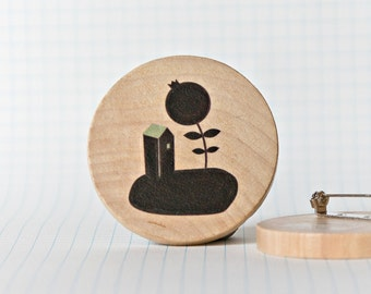 Illustrated wooden brooch - House