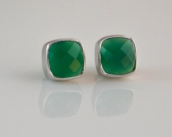 Green Onyx Earrings - Onyx Stud Earrings - Post Setting - Emerald Green - Gemstone studs - May Birthstone earrings
