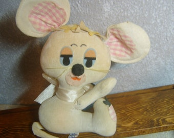 Holiday Fair Milly Mouse by Hedaya & Co 1966 A2 / 522 Antique Plush