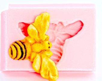 Bee Mold - Silicone Flexible Mold - Resin Mold - Polymer Clay Mold - PMC Mold - Flexible Mold - Jewlery Mold (802)