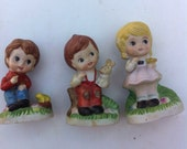 3 little figurines