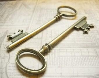 Bulk Skeleton Keys Antiqued Bronze Wholesale Keys Key Pendants Wedding Keys 80mm Steampunk-50pcs