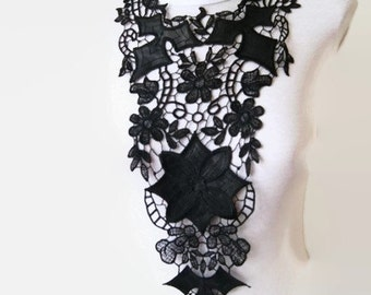Venise Lace Necklace/ Lace Jewelry/ Black Necklace/ Bib Necklace/ Statement Necklace/ Body Jewelry/ Lace Fashion