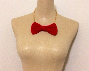Large red crocheted bow necklace
