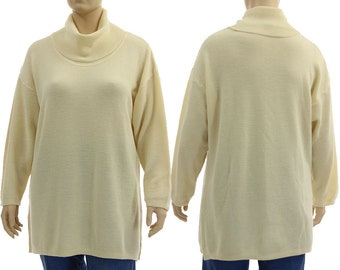 Oversized knitted sweater, turtleneck sweater, soft merino wool ecru / plus size women L -XXL, US size 16-20/22 - matching cardi in shop