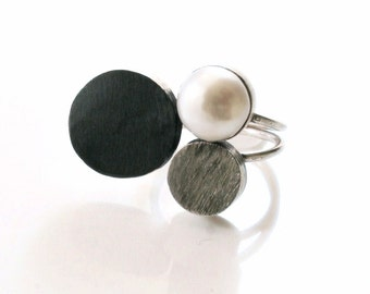 Handmade Circles Ring. Modern and unique style ring with pearl and two silver tone circles. - 'Trio Ring'