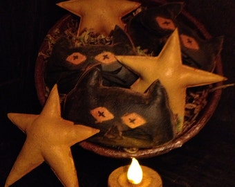 Primitive Halloween Black Cats and Stars Bowl Fillers