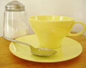 Mid Century Melmac/Melamine Style Yellow Coffee/Teacup set of Six with Seven Saucers