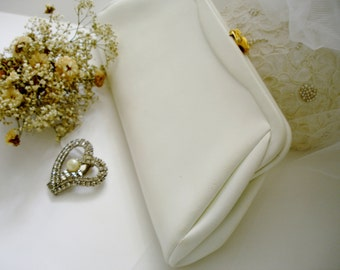 Vintage White Faux Leather Clutch/purse with Citrus Lining