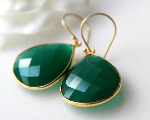Medium Green Onyx Dangle Earrings Emerald Green Bezel by ByGerene