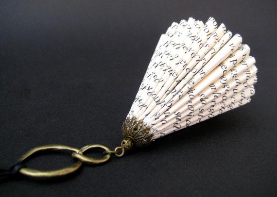 Bisutería de Papel Arte en Papel Miniatura por MalenaValcarcel