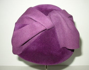 Vintage Designer Wool/Felt/Velveteen Hat / Cesare Canessa Made in Italy / Purple/Puce/Wine 1960s