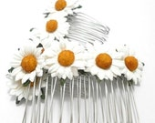 White Daisy Floral Hair Comb/ Barn Wedding/ Bridal/ Wedding Hair Accessories/ Bridesmaid Hair Fascinator