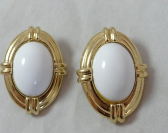 1950s Vintage Napier Signed Oval White and Gold Tone Pierced Earrings - Classic and Elegant