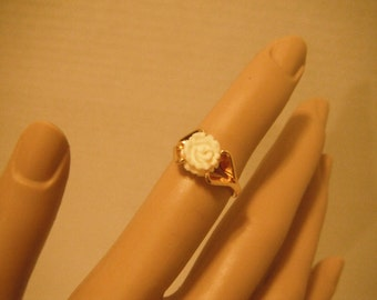 Vintage gold tone and ivory rose ring