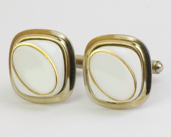 vintage cufflinks gold rings on white plastic by cuffsandclips