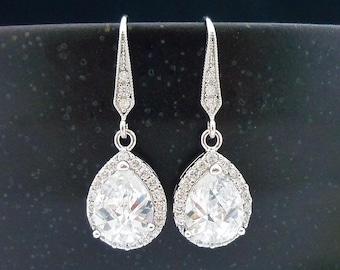 Wedding Jewelry Bridesmaid Gift Bridal Earrings Bridesmaid Jewelry Clear White LUX Cubic Zirconia Tear Drop Earrings Dangle Earrings