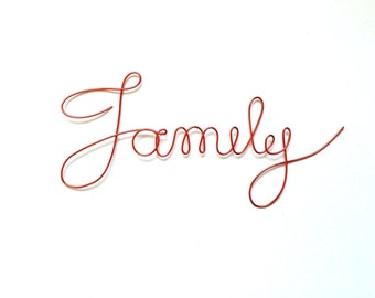 Cursive Family wire word, Frame ornament