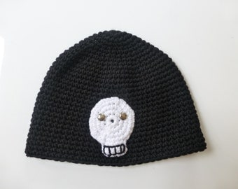 Hand crochet super soft toddler beanie in black with white skull - 1-2 years
