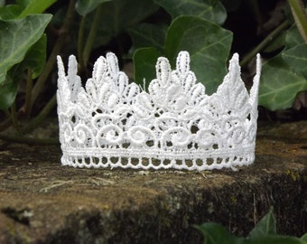 Lace Crown, newborn baby photography prop