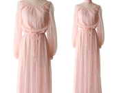 Pink lace dress / vintage Dress