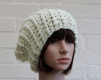 Chunky knit hat in Cream/Slouchy Beanie hat/Knitted hat