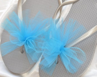SALE!! Custom WEDDING Flip Flops, BRIDESMAID Flip Flops, Simple & Elegant Tulle Flip Flops, Bridesmaid, Bridal Gift, Beach Weddings