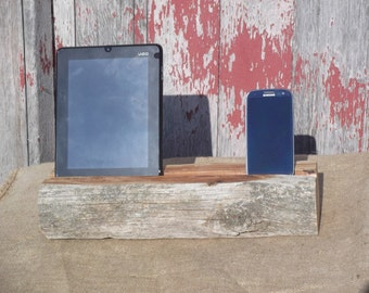 Reclaimed Cedar Smartphone/Tablet Dock Combo