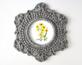 Round Ornate Crochet Picture Frame Pattern by JaKiGu - PDF Instructions
