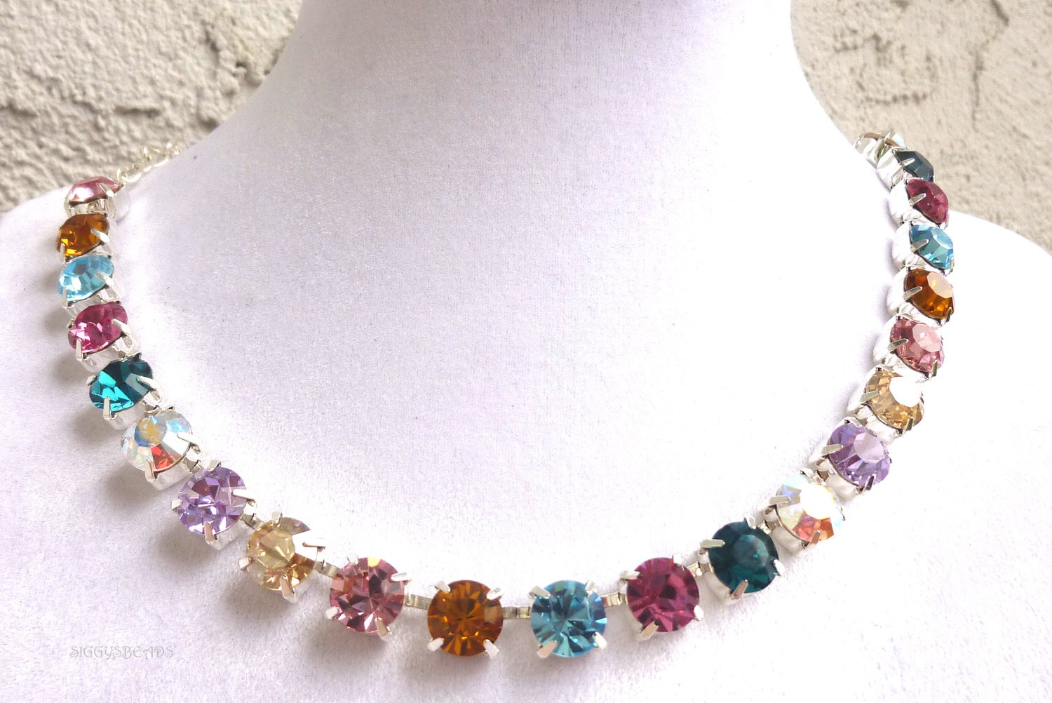 Colored crystal jewelry : Austrian crystal necklace made with crystallized by