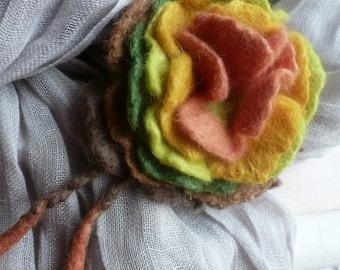"""felt brooch """"autumn leaves"""""""