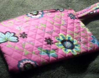 Quilted Pink Wristlet Purse Bag
