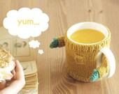 Mug Sweater, in Mustard