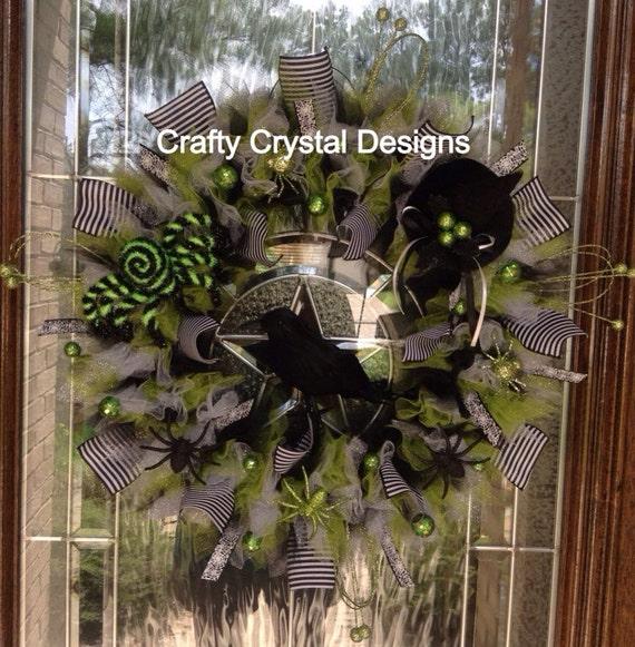 Black Flower And Crow Halloween Wreath: Spooky Crow Black And Green Halloween Wreath