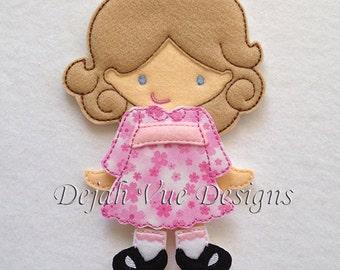 Savanah Felt Non paper Doll Embroidery Design