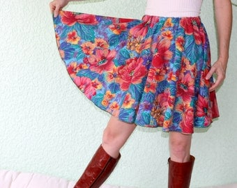 Vintage Tablecloth Circle Skirt - MULTICOLORED Flowers Leaves  BRIGHT Pastel Strokes Small