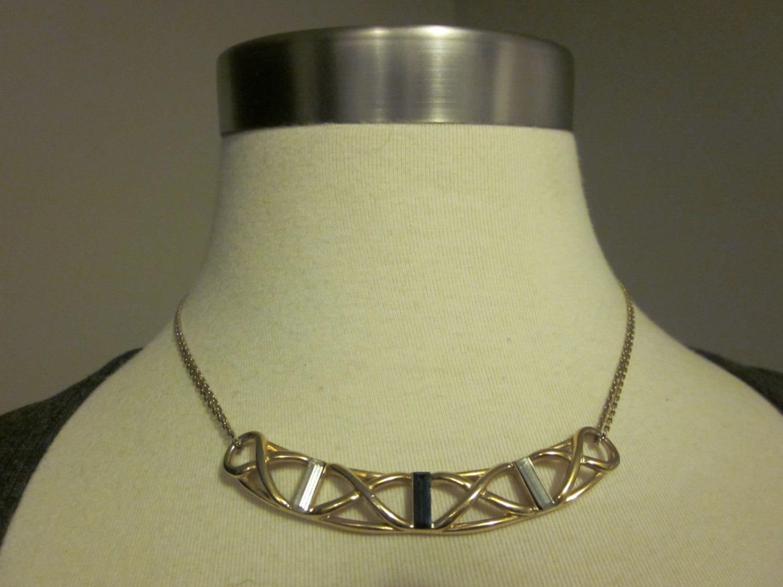 vintage gold tone monet necklace