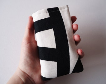 Black and white smart phone sleeve, iPhone 5 and 5S sleeve with abstract print