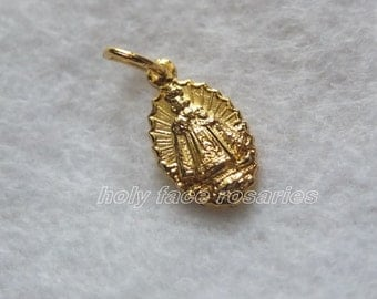 Infant of Prague Sacred Heart Goldplated Gold Finished Base Metal Small Pendant Charm Religious Catholic  Medal