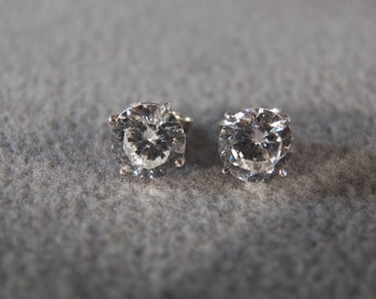 Vintage Sterling Silver Post Stud Earrings with Large Round Faceted White Topaz Stones    M